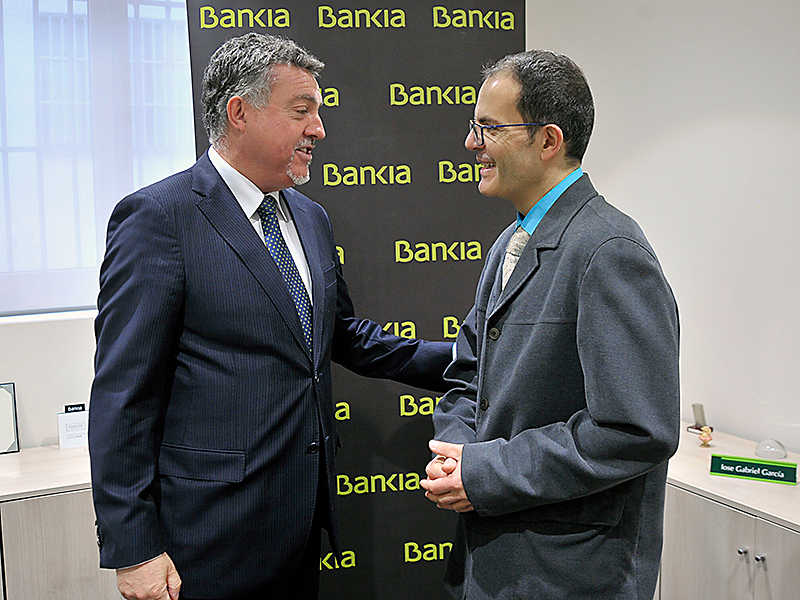 IBankia y la Asociación Segoviana de la Prensa Deportiva renuevan su convenio de colaboración